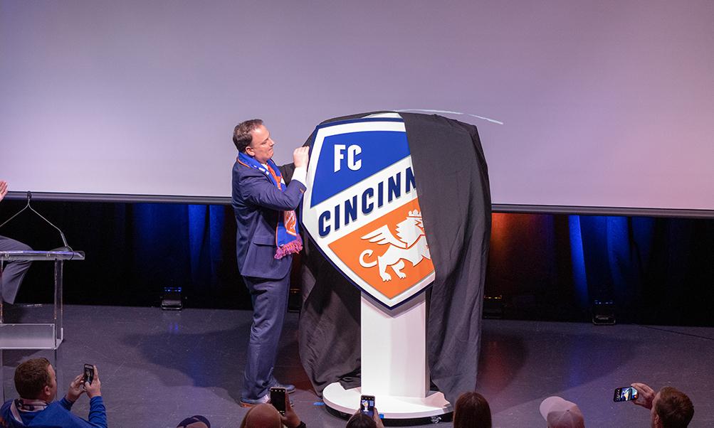 Fcc Announces Radio Affiliate Mascot And Corporate